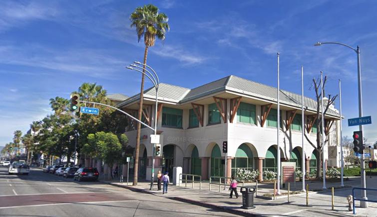 Marvin Braude retail center